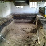 Mestkelder uitgraven